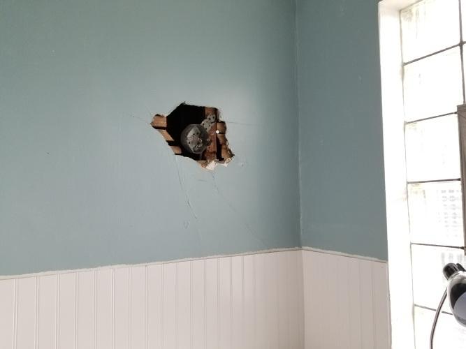 New Wiring in Bathroom.jpg